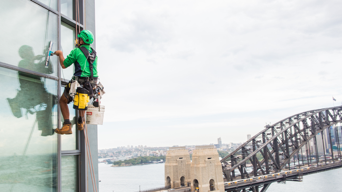 High Rise Cleaning In Commercial Window - Window Cleaning Sydney - Magellan Company